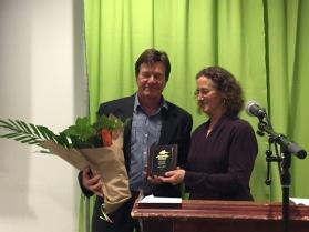 2015 volunteer of yr award.